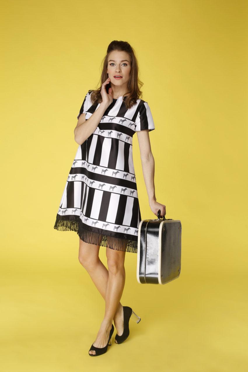 Sukienka trapezowa Dotsy - Kenijska zebra