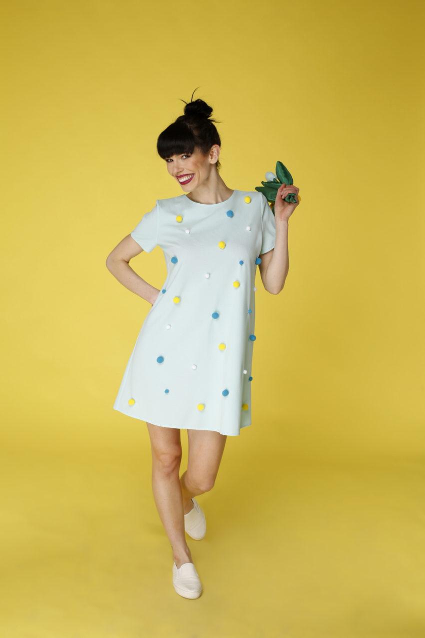 Sukienka trapezowa Dotsy – Planety w błękicie