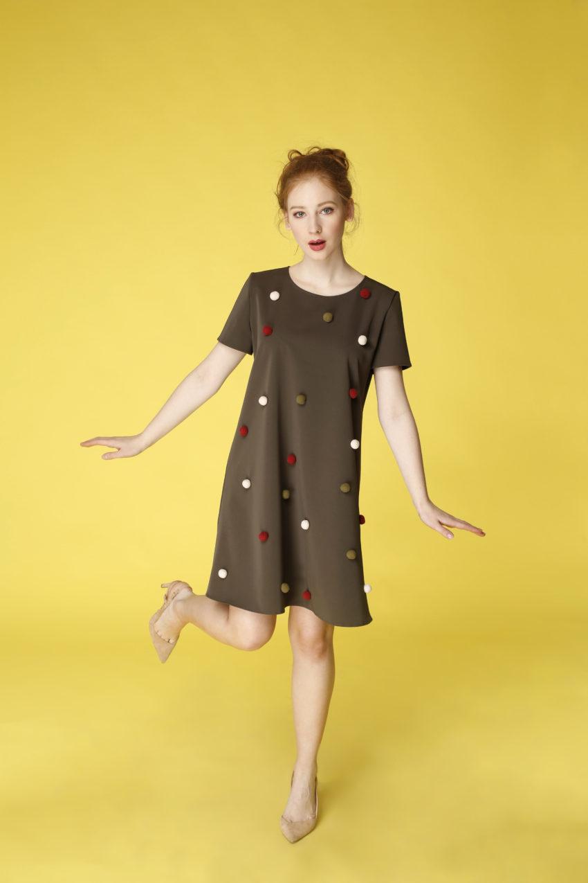 Sukienka trapezowa Dotsy - Tundra