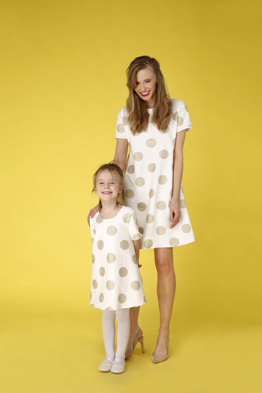 Sukienka trapezowa Dotsy - Mama i córka - Złota w marmurze
